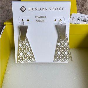 Brand new Kendra Scott  Keerti drop earrings